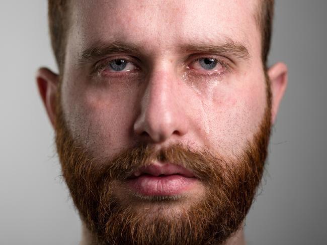 lacrime effetto spray peperoncino uomo